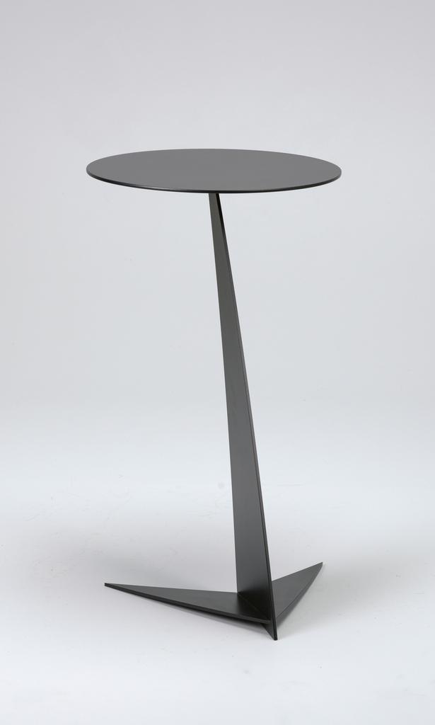 TB 7 Table, 1986