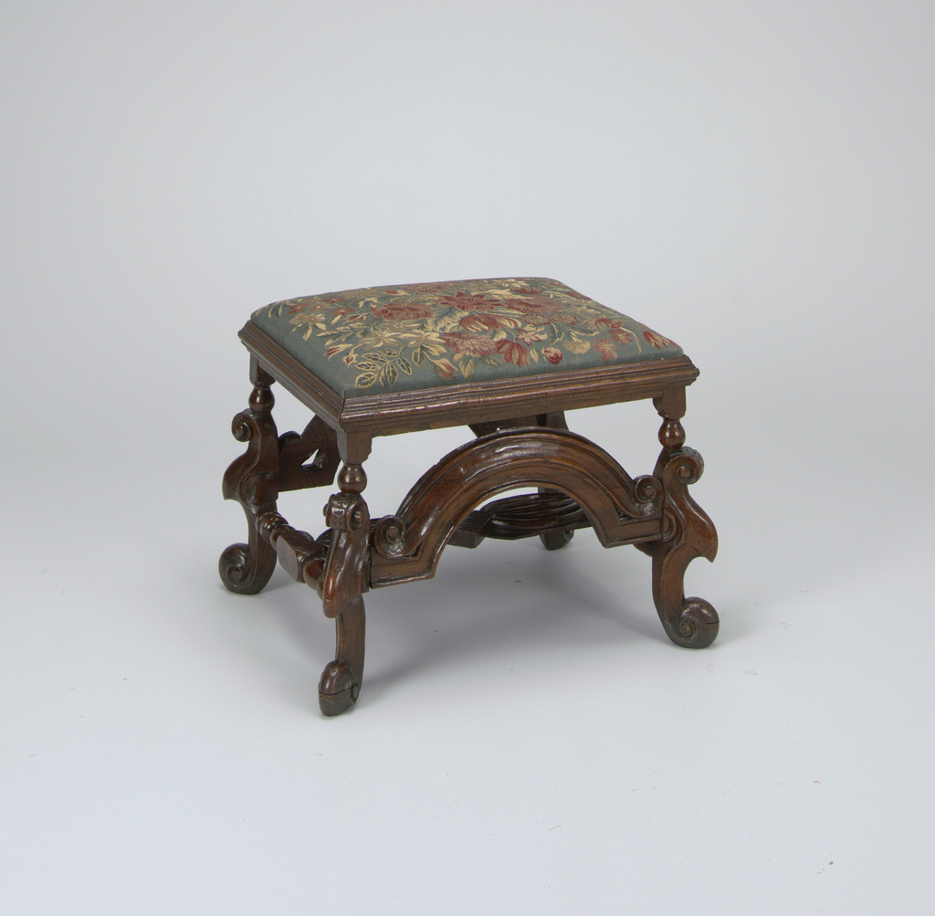 Foot Stool (England)