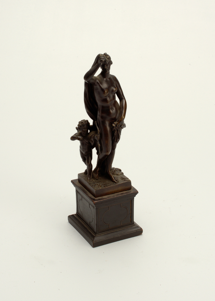 Venus and Cupid Figure, 19th century