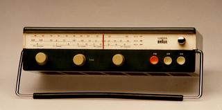 T 52 Clairtone Portable Radio