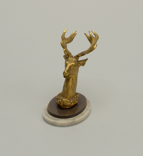 Head, stag with base