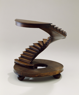 Half-circular staircase model with circular base.