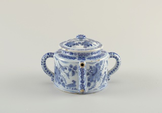 Cylindrical body with straight sides; 2 loop handles opposite sides; spout rises along side body, projects horizontally from squared shoulder; domed lid with wide lip and flattened knop finial; painted in underglaze blue on white with chinoiserie birds, flowers, scroll bands.