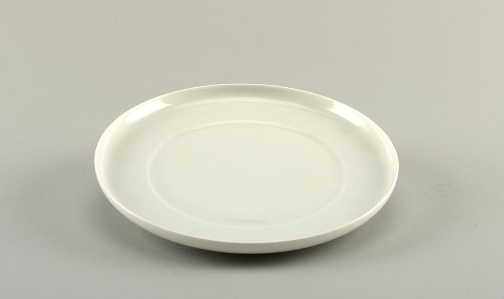 Plate (France), 1988