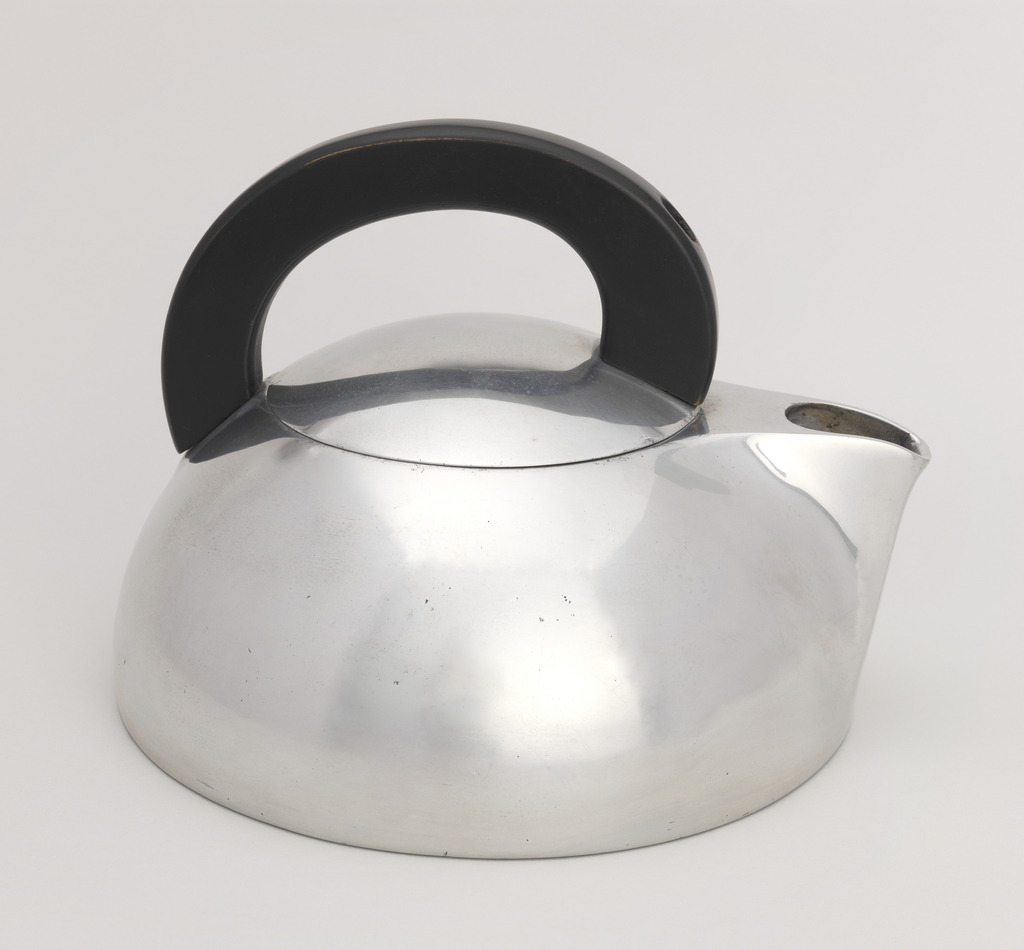 Magnalite Water Kettle, ca. 1940