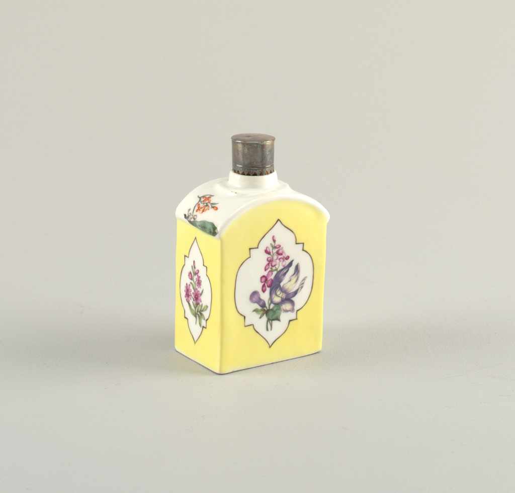 Tea Caddy with Yellow Ground and Flowers Tea Caddy
