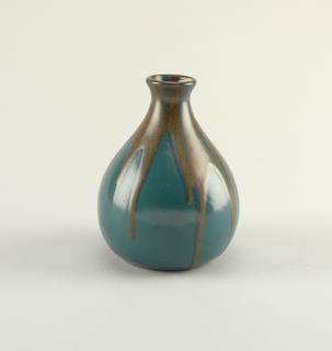 Vase (France), 20th century