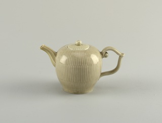 Teapot with Dark Celadon Glaze Teapot