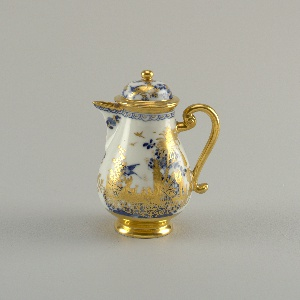 "Coffeepot with ""Hausmaler"" Decor Coffeepot"