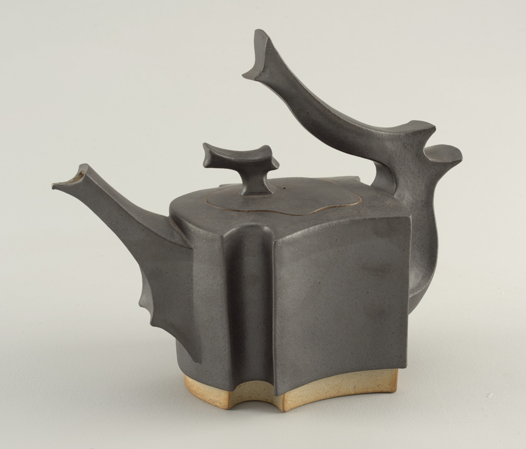 Teapot And Cover (USA), 1983–84