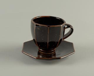 Cup And Saucer (USA)