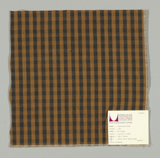 Plain weave warp-faced gingham pattern in light brown and black. Number 1241.