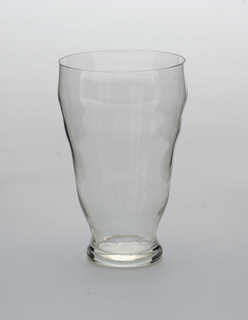 """Smeervortel"" (Blackwort) pattern Glass, 1924"