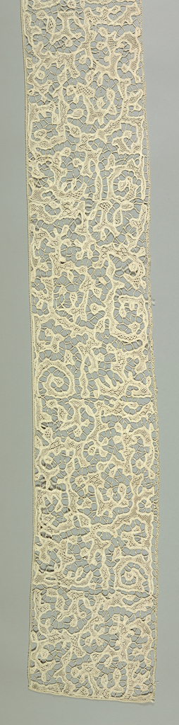 Lace is made with outlining bobbin made tape and fillings of needle made.