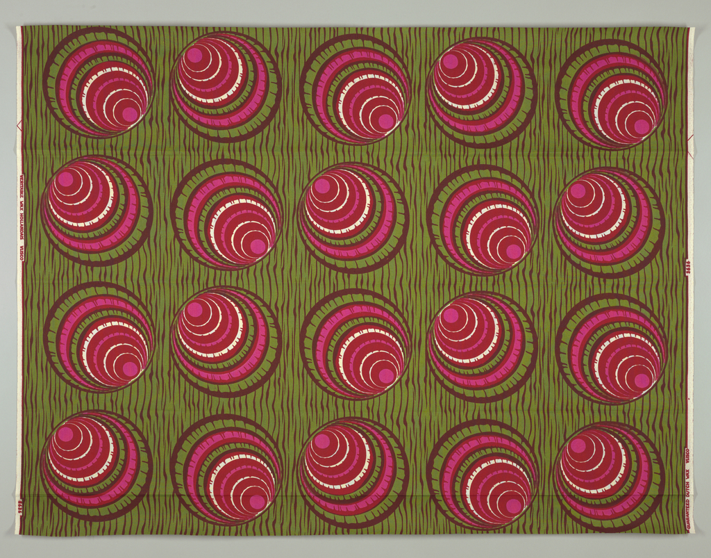 Large circles filled with off-center concentric rings on a woodgrain background. Printed in olive green, red and hot pink on an off-white ground.