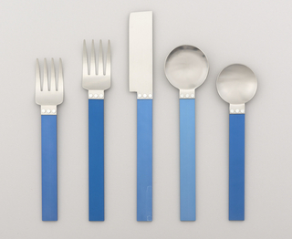Flat rectangular blade attached to flat blue rectangular handle.