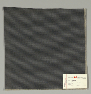 Plain weave with doubled warps and wefts in grey. Weave structure adds a subtle surface texture. Number 276.