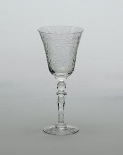 Cut glass decoration; Cordial glass