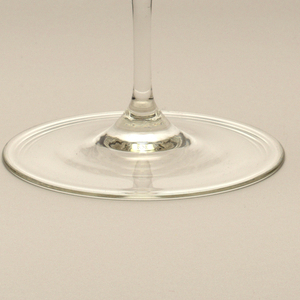 """Thinnest mouth-blown crystal (""""Muslin glass"""") champagne flute."""