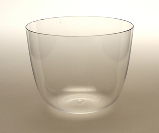 Thin mouth-blown crystal beer tumbler.
