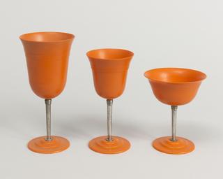 Nudawn Glass