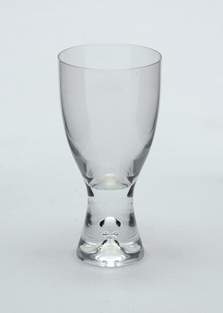 White Wine Glass (Finland)