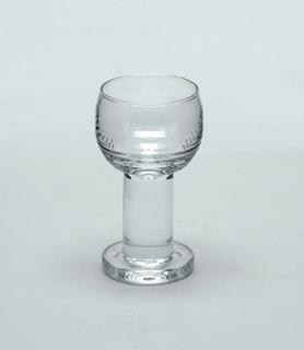 Maaru Glass