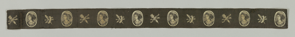 Black and white ribbon with portrait medallions alternating with a bow and quiver and a wreath with arrows and torch. Portrait medallions show the head and shoulders of a woman with dress, jewelry and hairstyle inspired by Greco-Roman fashion.