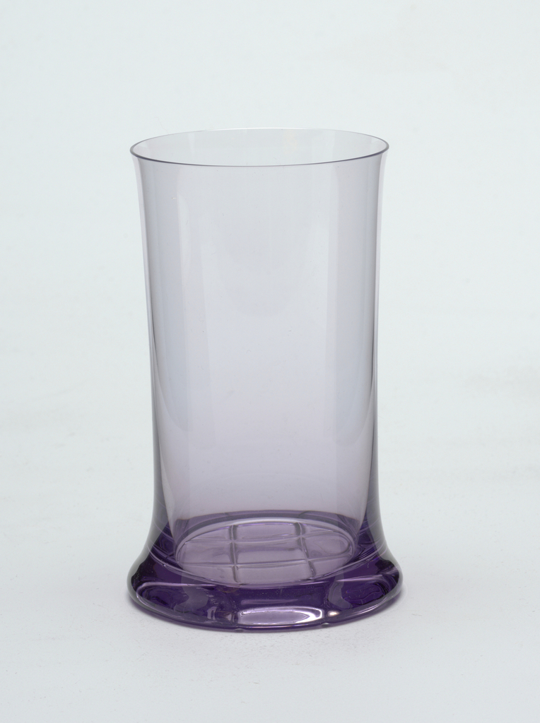 Amethyst-colored cylindrical form with everted rim and base. Underside with impressed curvilinear decoration consisting of the Lobmeyr logo.