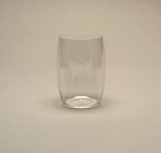 Mouth-blown, copper wheel-engraved measure mark on side of the slightly convex side, wine tumbler.