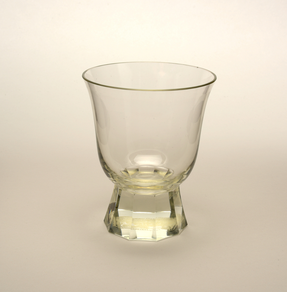 Mouth-blown crystal, bell-shaped water glass, facet-cut and polished base.