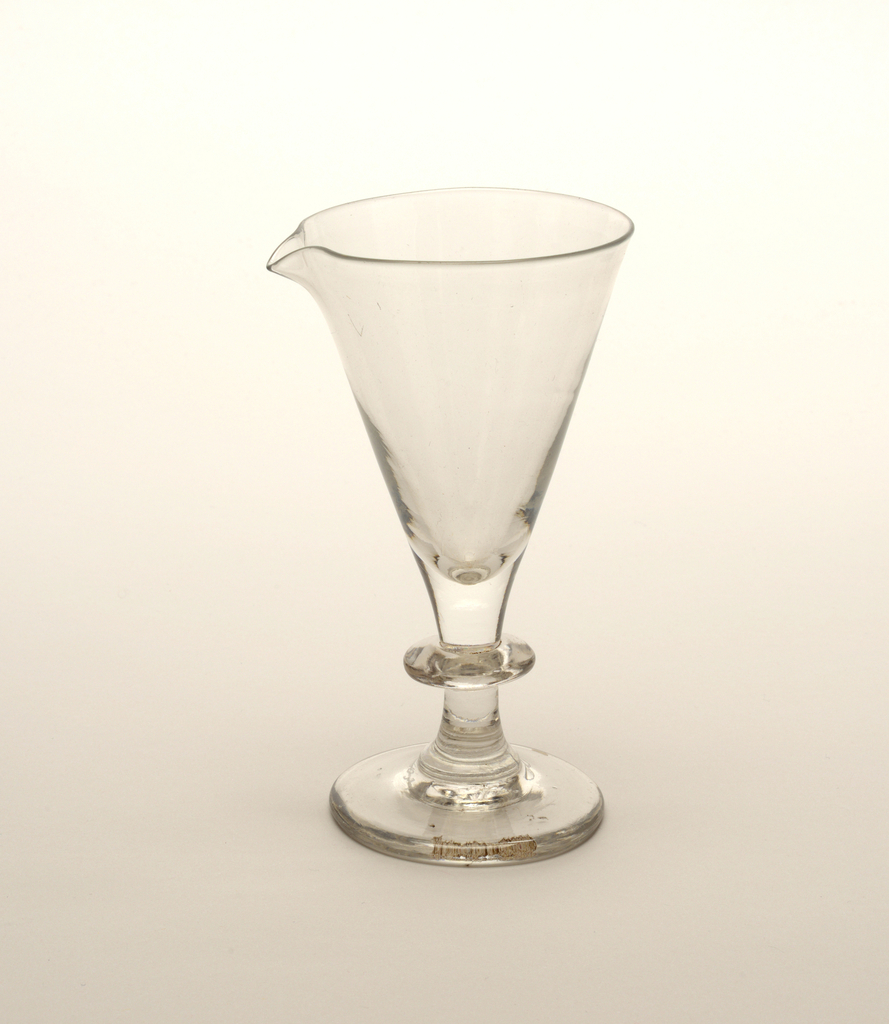 Stemmed glass with pouring lip