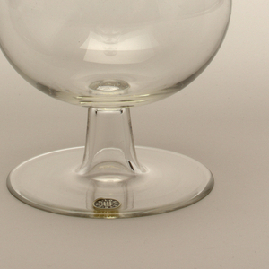"""Thinnest mouth-blown crystal (""""Muslin glass""""). Ambassador decanter with liqueur-glass stopper."""