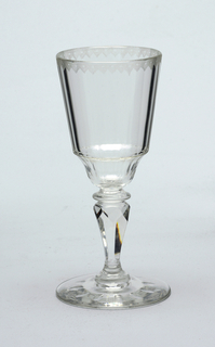 Mouth-blown crystal, elaborately facet-cut and polished