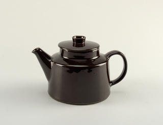 Teapot And Lid (Finland)