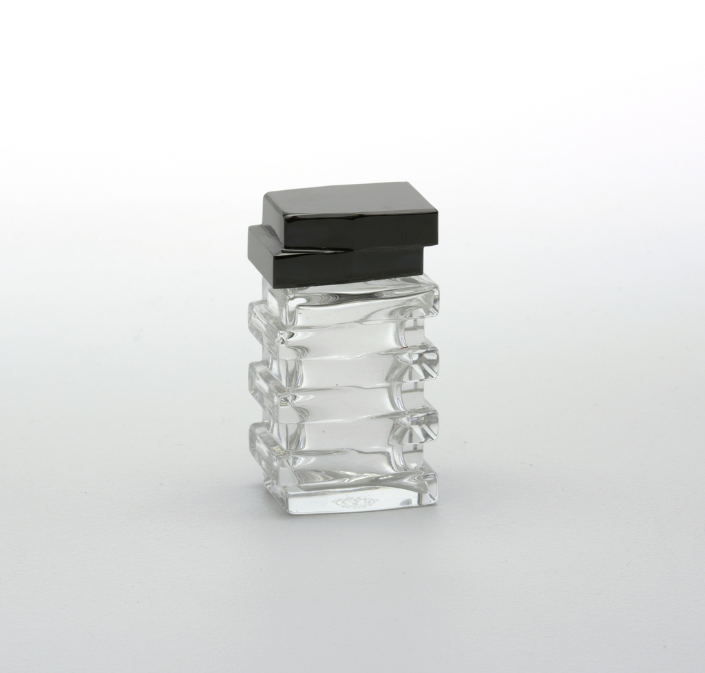 Staggered stacked rectangualar  form, black top.