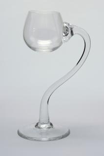 Semiramis Elevation Wine Glass, 1981