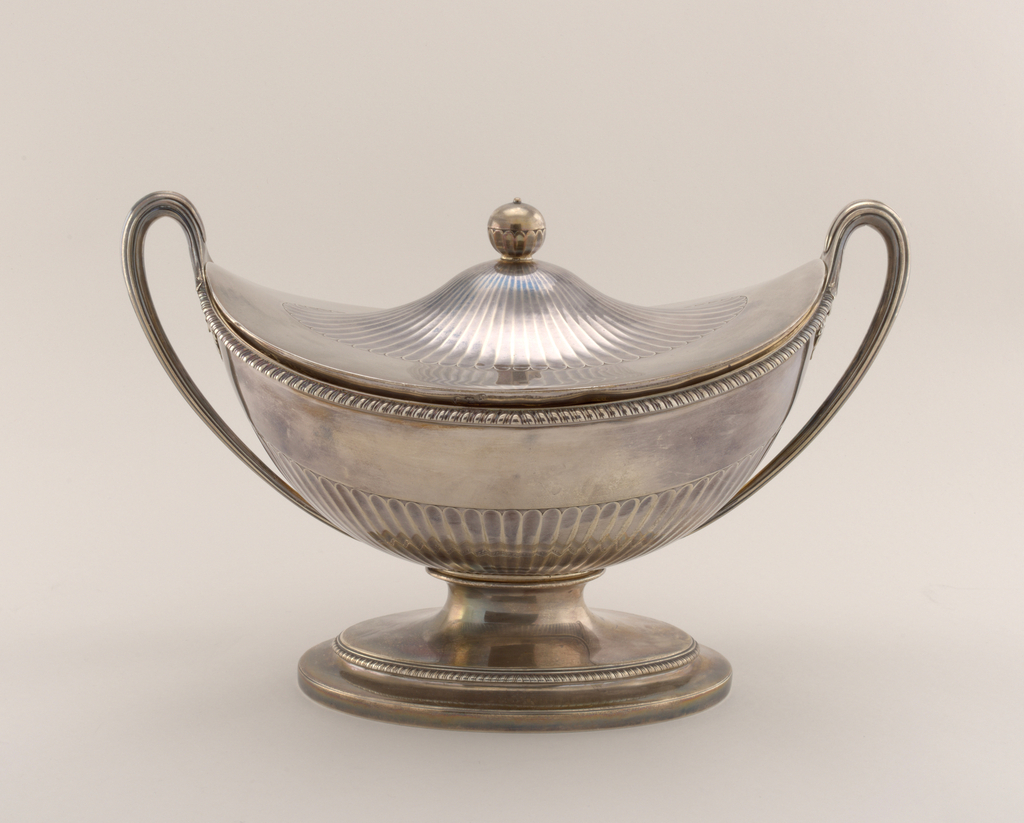 Soup Tureen And Cover (England), 1789–90