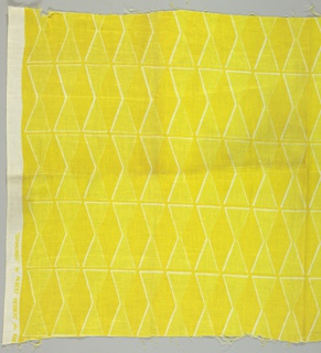 Tangent diamonds intersected by narrow stripes, in Yellow colorway.