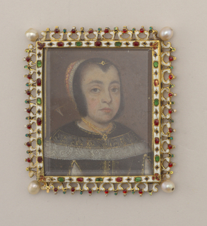 Square gold frame of Renaissance style, with pierced edge, enamelled white with details in translucent green and red enamel, a whole pearl at each corner; back of frame decorated in same manner as front and set with beveled mirror.