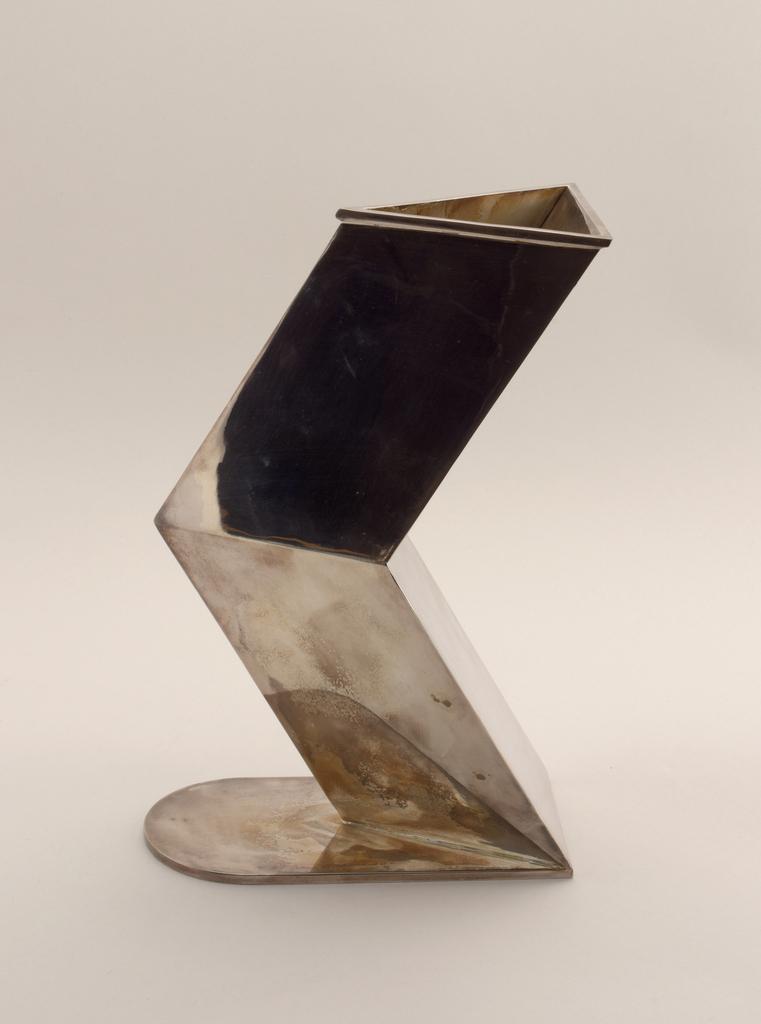 Acamus Vase, ca. 1987
