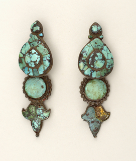 Pair of earrings. Turquoise matrix and silver.
