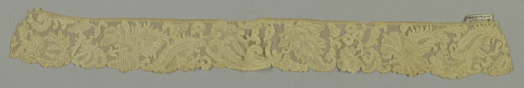 Design of scrolling  stem with large and small flowers anf leaves. Early 18th c