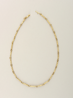 Necklace (USA)