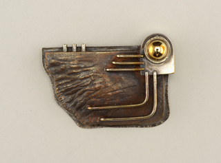Brooch (USA), 1972