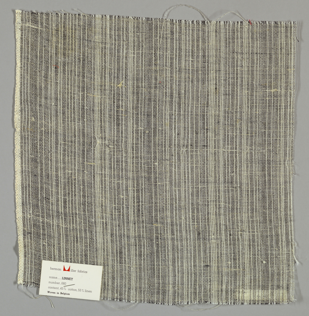 Gauze weave with black and white warps and grey wefts. Number 680.