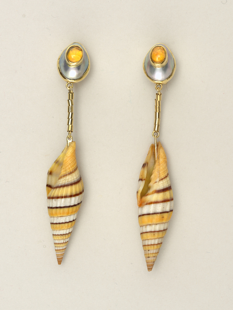 Shell earrings Earring, 1970–75