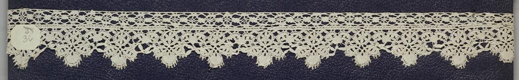 Bobbin lace edge, floral tab edge; mid-18th century Flemish