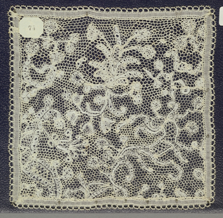 Bobbin lace square, floral forms; late 18th century Bruges