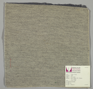 Weft-faced twill weave in grey. Number 469.